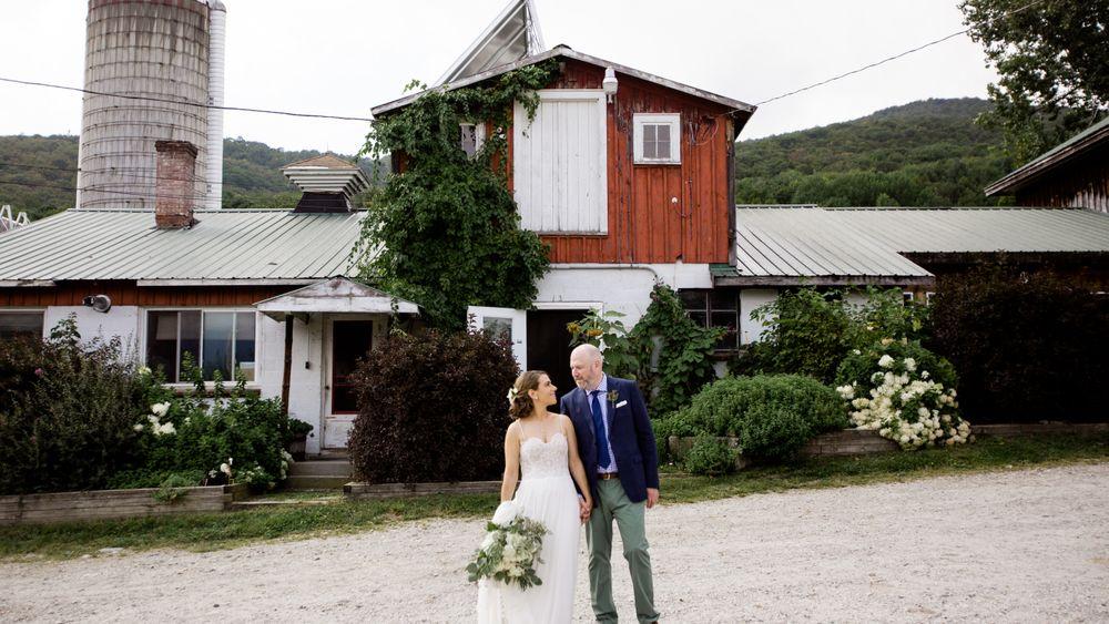 Wedding photo inspiration | photo credit: Love Bird Studio