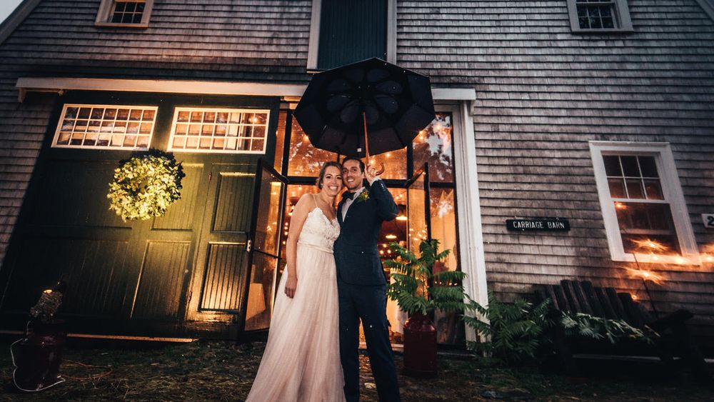Carriage Barn available for smaller off-season events. (Tate Kirgiss Productions)