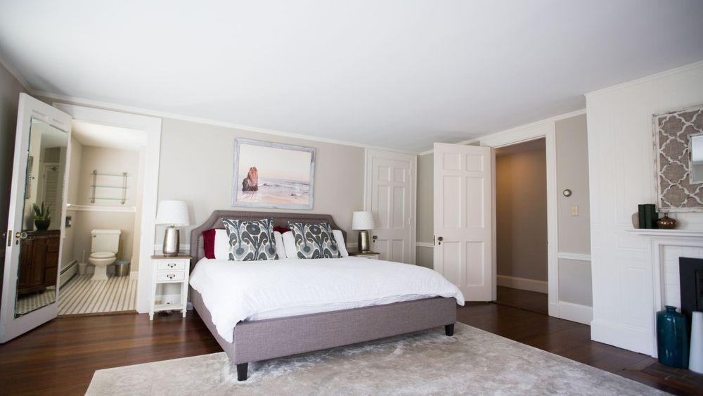 Master Bedroom: King Size Bed. (Kiera Slye Photography)