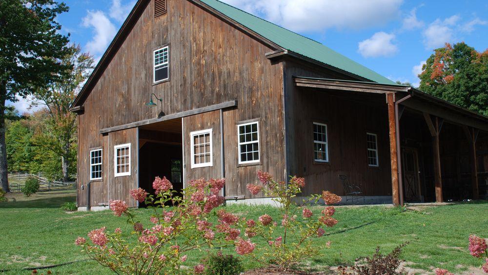 Main reception barn