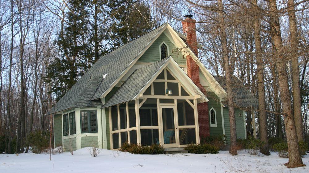 Artist Cottage (Exterior)