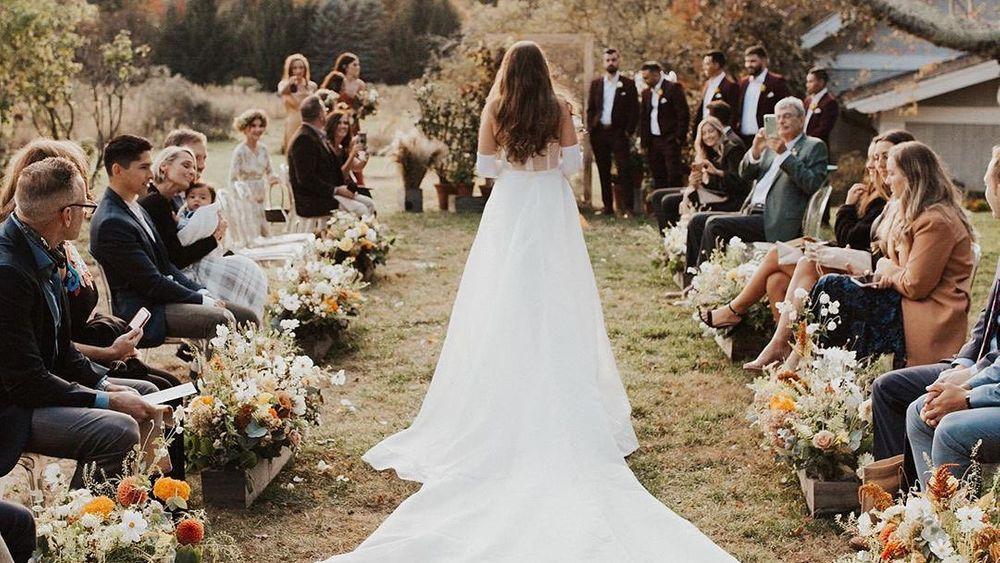 Photo: Sam Bufalo Photography, Flowers: Sarah Worden Natural Design - Brides Magazine feature