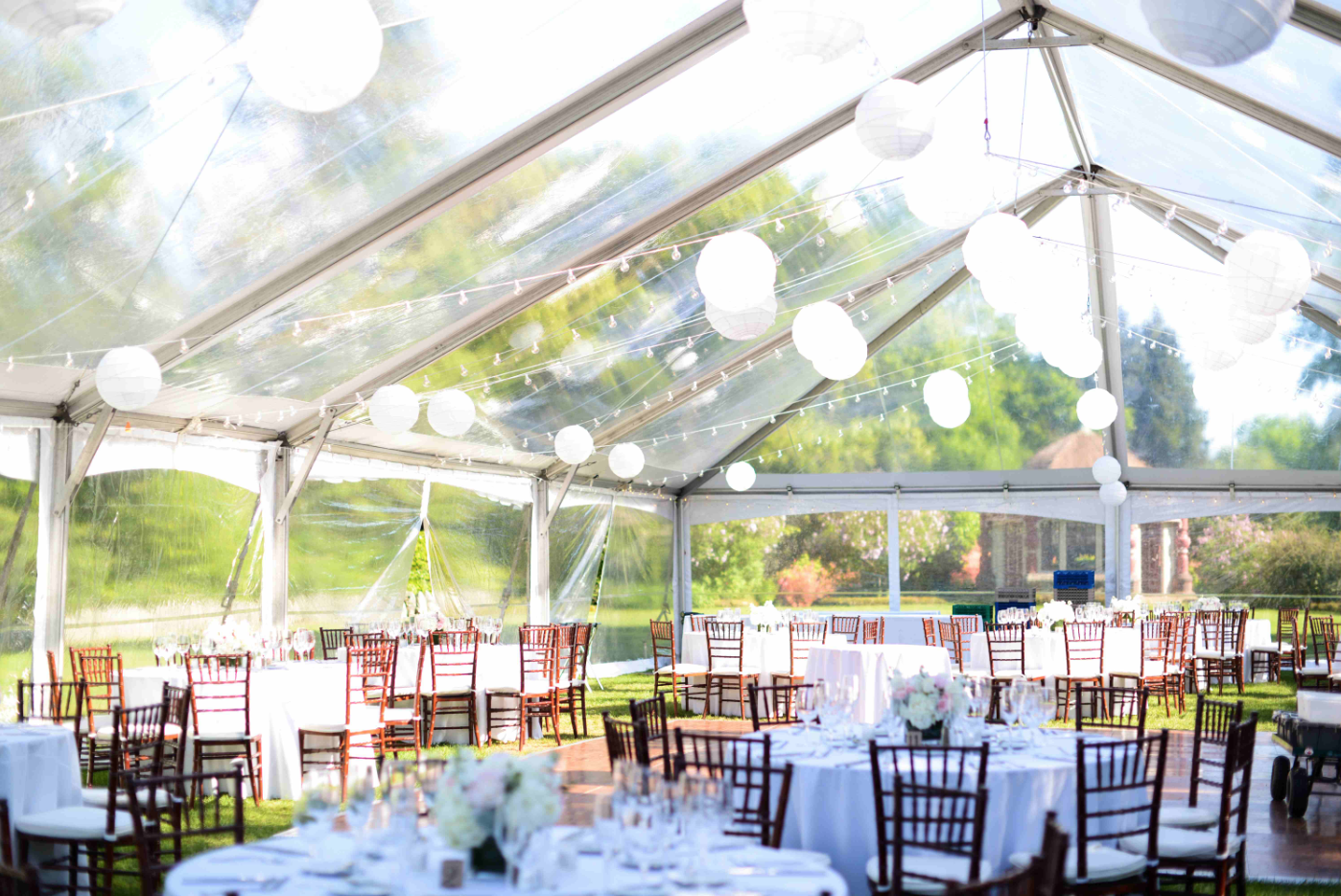 Clear Frame Wedding Tent Photo