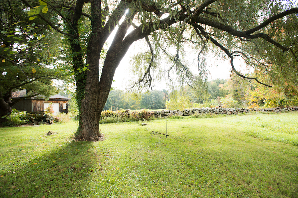 Outdoor Wedding Venues Near Boston - Antique Grove