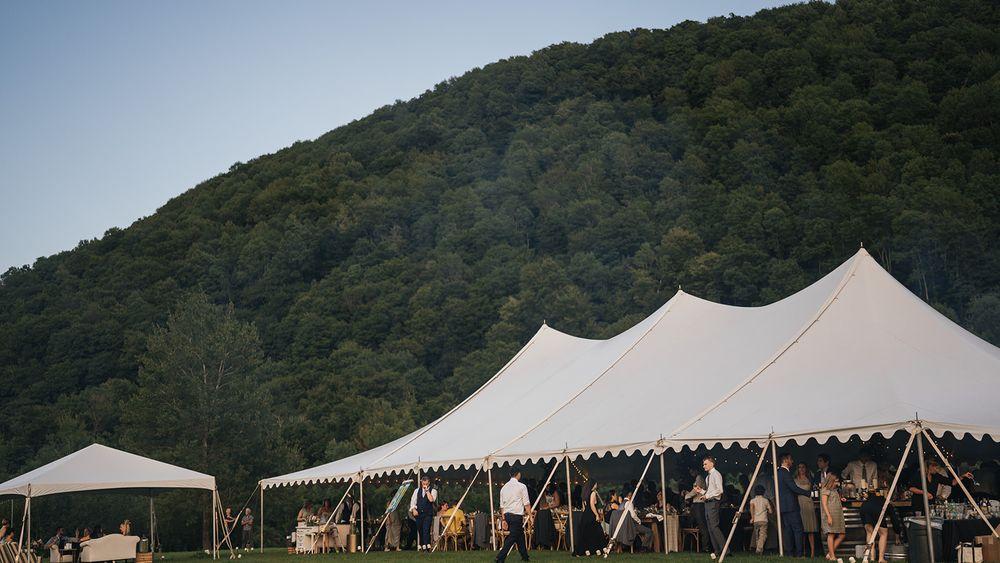 Mayflower Venues- Wild Meadows Hilltop