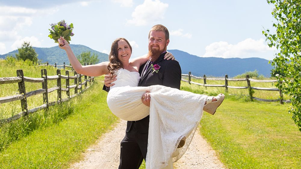 Stone Hill Inn Newlyweds